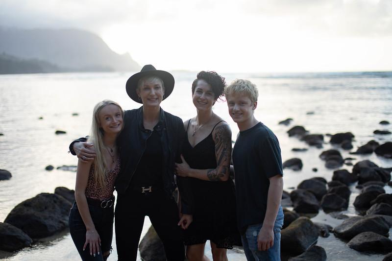kauai family photos-113.jpg