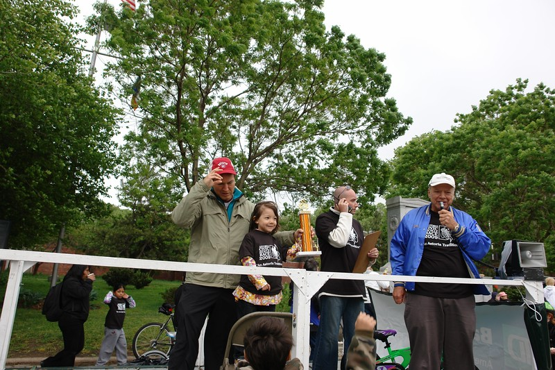 2009 ASTORIA CIVIC ASSOCIATION and COUNCIL MEMBER PETER F. VALLONE JR. BICYCLE RACE