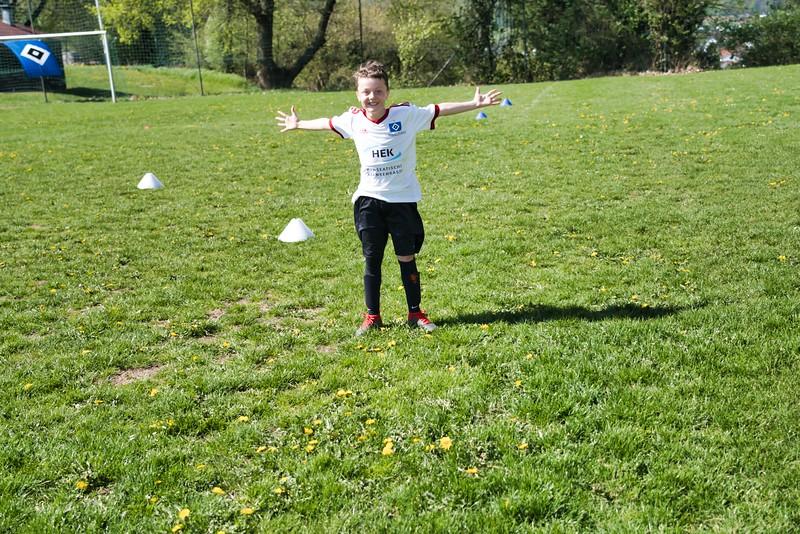 hsv-fussballschule---wochendendcamp-hannm-am-22-und-23042019-y-18_46814457995_o.jpg