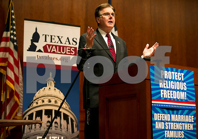 lt-gov-patrick-asks-texans-to-protect-marriage-oppose-abortion