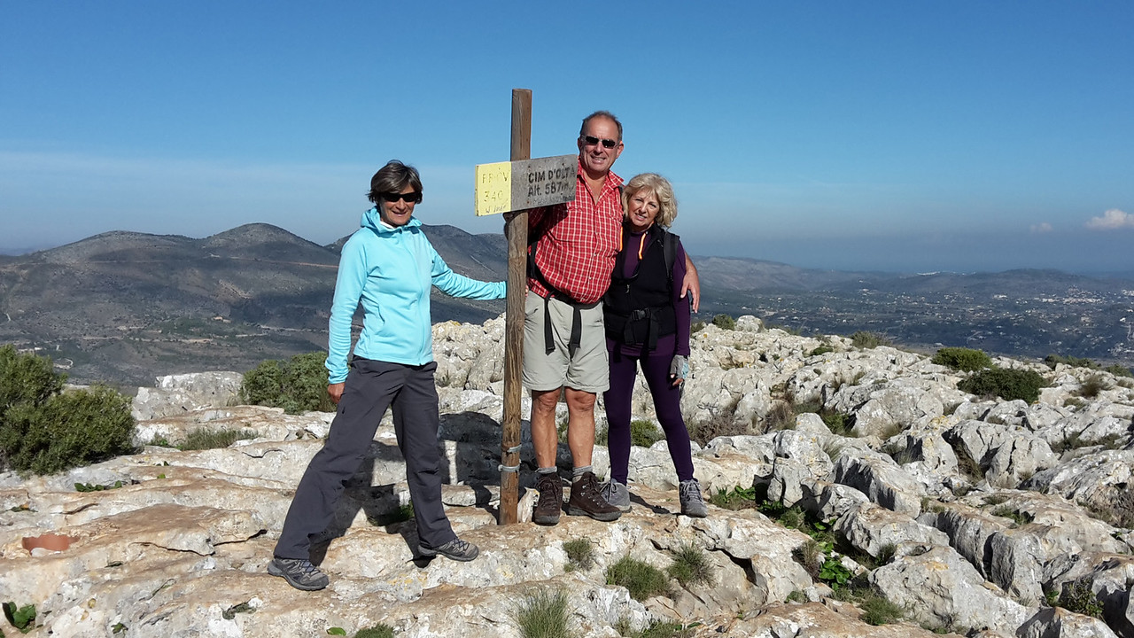 Heidi, Alfred, Lupita and Rolfe (with camera) on the summit of Serra de Olta