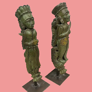 Musician Corbel Statues