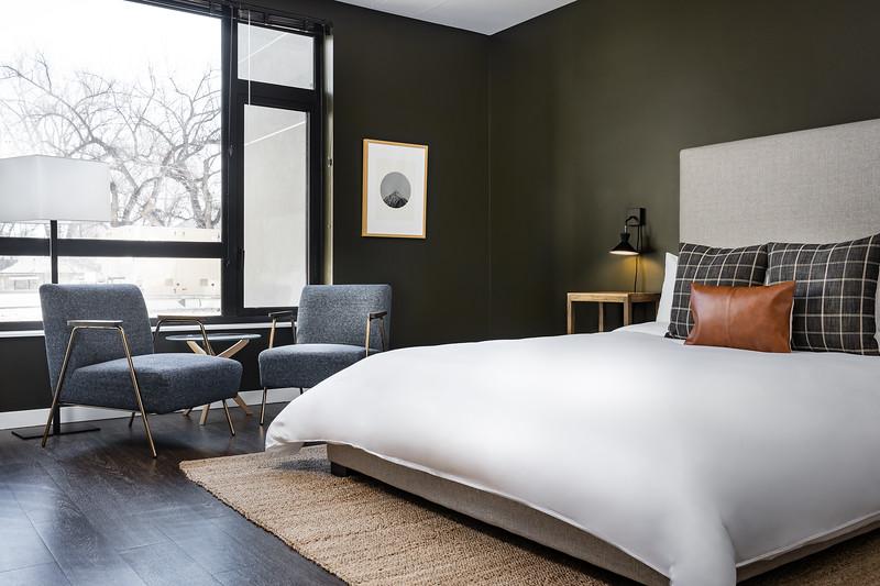 Sonder-Denver-Atelier-Unit253-BedSittingAreaWide-2525-LightsOn.jpg