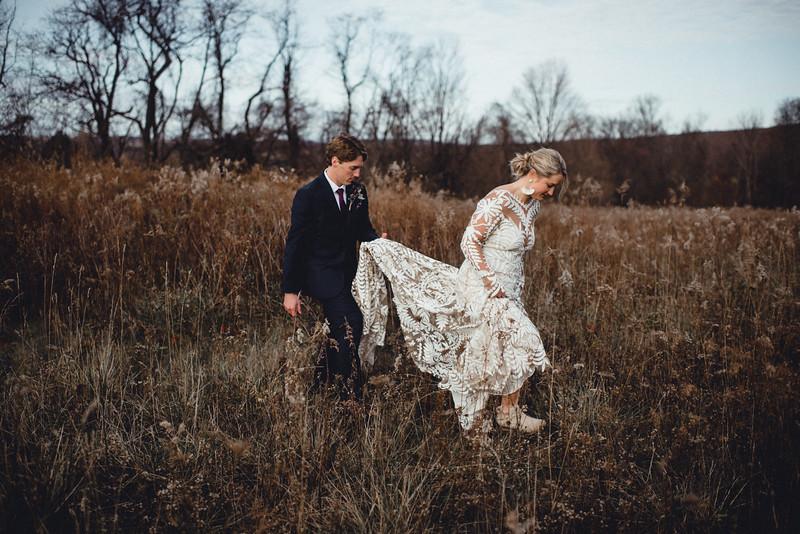 Requiem Images - Luxury Boho Winter Mountain Intimate Wedding - Seven Springs - Laurel Highlands - Blake Holly -896.jpg