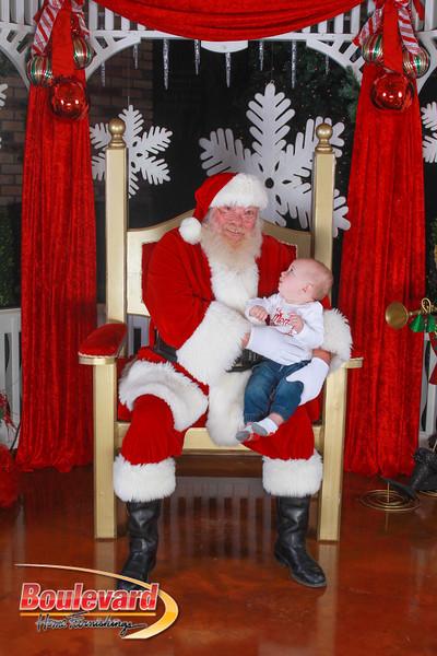 Santa 12-10-16-249.jpg