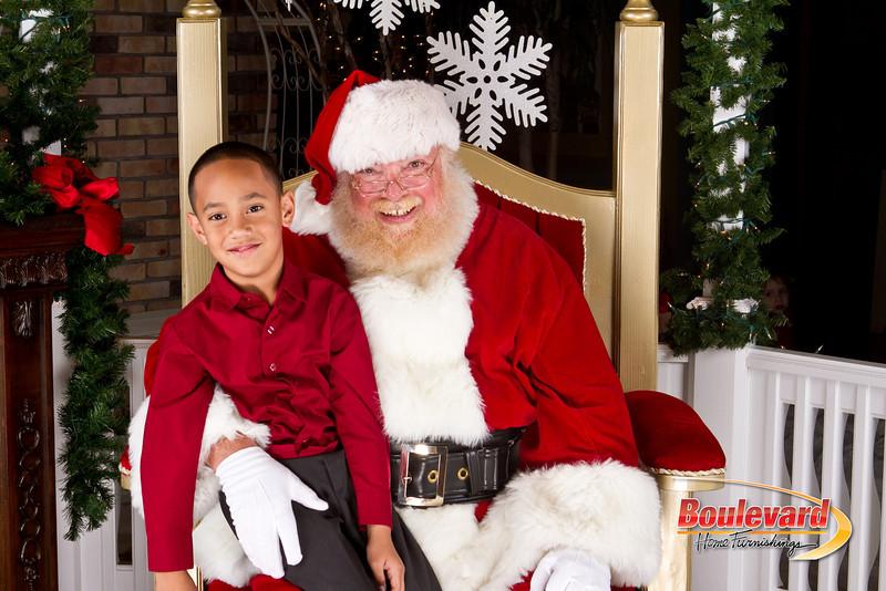 Santa Dec 8-34.jpg