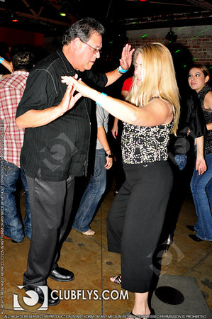 2010-04-10 [Guerra! Battle of the Salsa DJs, Starline Salsa Club, Fresno, CA]