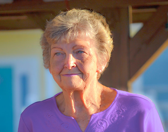 Auburn (Los Angeles) - Purple: Alzheimers Awareness