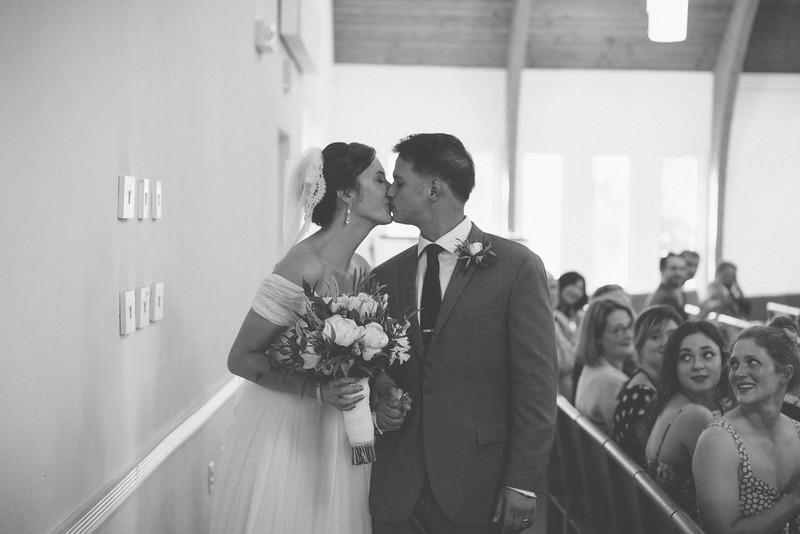 MP_18.06.09_Amanda + Morrison Wedding Photos-10-02157.jpg