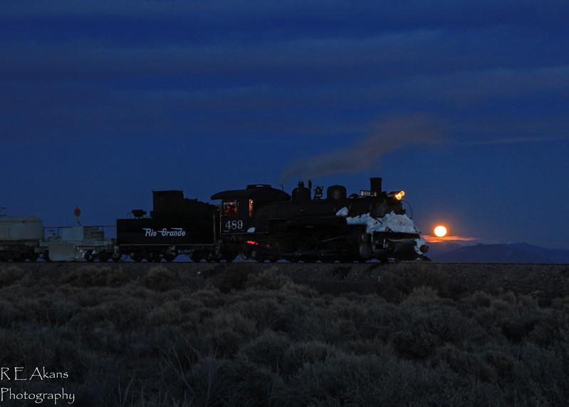 D&RG 489 Moonrise at Lava 1 Mar14.jpg