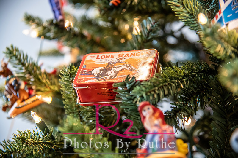 Leal_Christmas-21.jpg