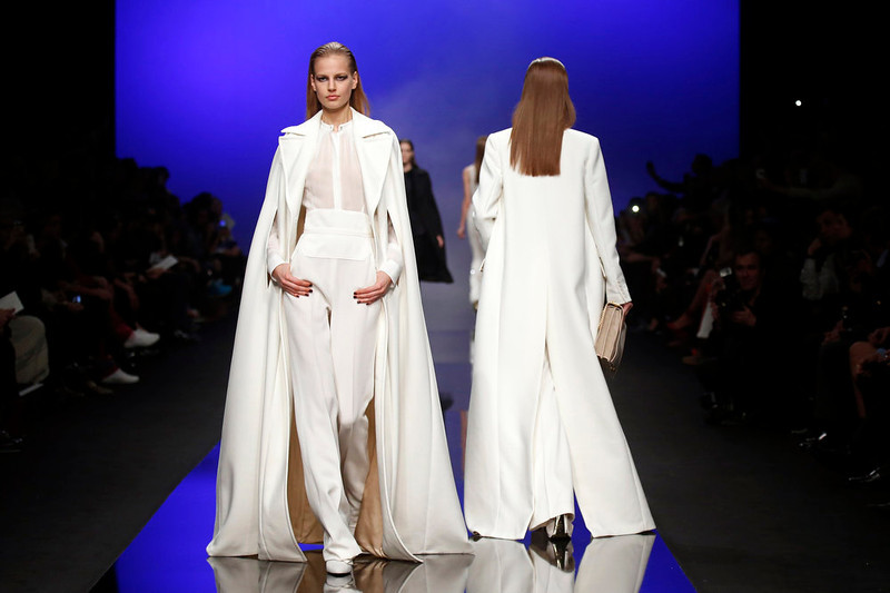 . Models present creations by Lebanese designer Elie Saab as part of his Fall-Winter 2013/2014 women\'s ready-to-wear fashion show during Paris fashion week March 6, 2013. REUTERS/Benoit Tessier