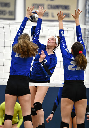 11/1/2019 Mike Orazzi | StaffrBristol Easterns Hannah Webber (22) at the net during Friday night's girls volleyball match with Lyman Memorial in Bristol. r
