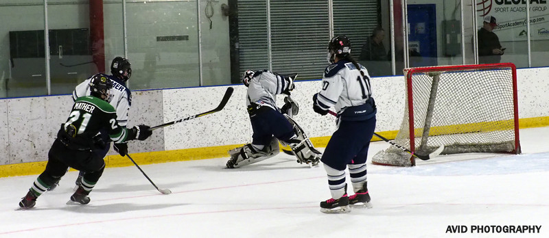 Okotoks Oilers  VS Foothills Bisons Midget AA Dec8 (150).jpg