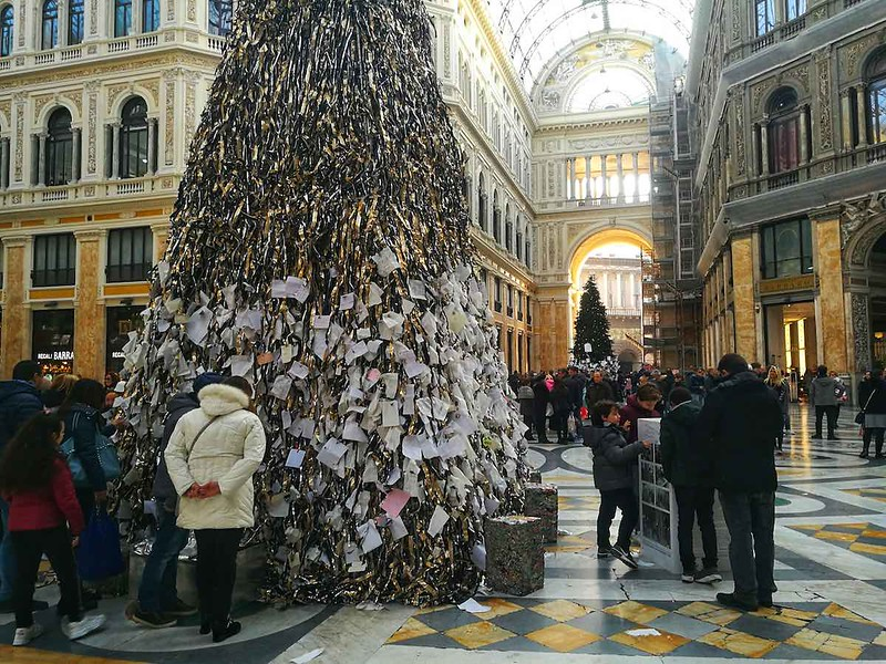 naples italy christmas tree
