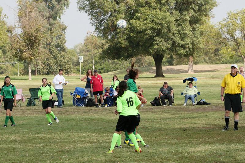 Soccer2011-09-17 11-04-41_1.JPG