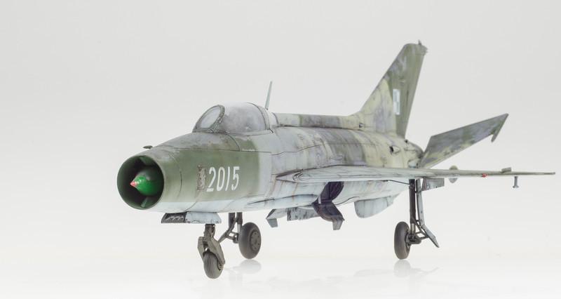 Trumpeter MiG-21F-13 FINAL 05-01-14-10.jpg