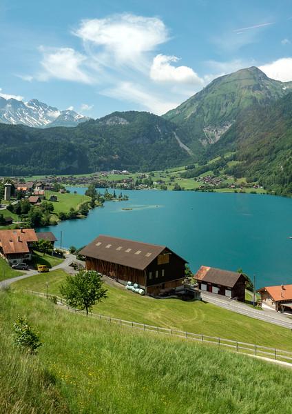 Switzerland-Train-to-Zurich06.jpg