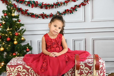 Isla & Ariana Christmas 2018