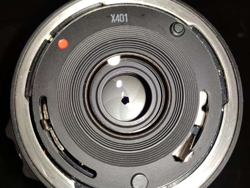 Canon FD 35-70mm 3.5-4.5 Macro - Serial X401 & 1013619 010.jpg