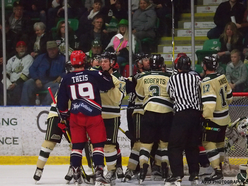 Okotoks Oilers vs. Brooks Bandits AJHL (177).jpg