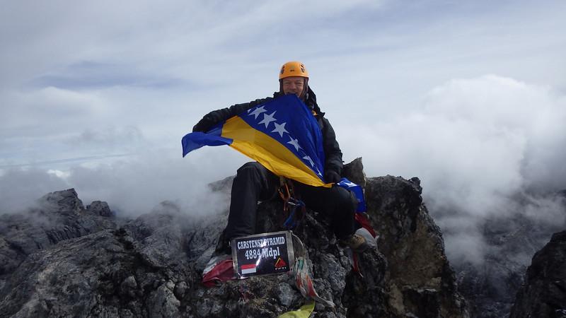 …with Bosnian flag… It was November 20th a little bit after 8am.