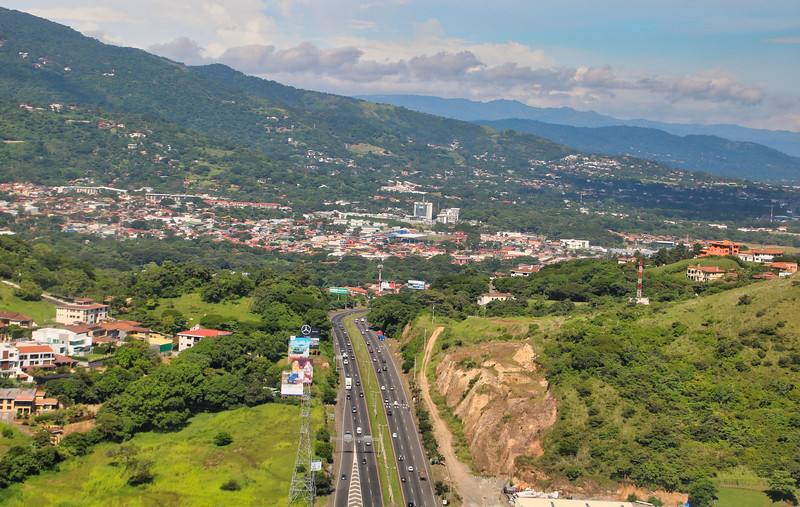 Highway 27 over the mountains in Alto de Las Palomas, Escazu, Costa Rica