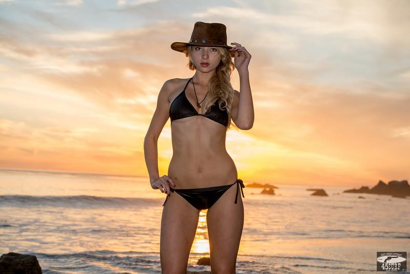 Sun Goddess! Nikon D800 Photos Bikini Swimsuit Model & Malibu Sunset!