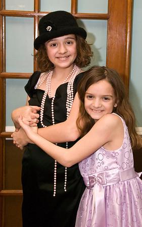 Clara and Ellie Dress up