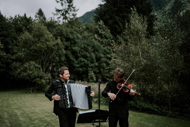 Tu-Nguyen-Destination-Wedding-Photographer-Chamonix-French-Alps-Paul-Hua-Yu-198.jpg