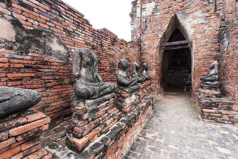 Wat Yai Chaimongkol (5 of 9).jpg