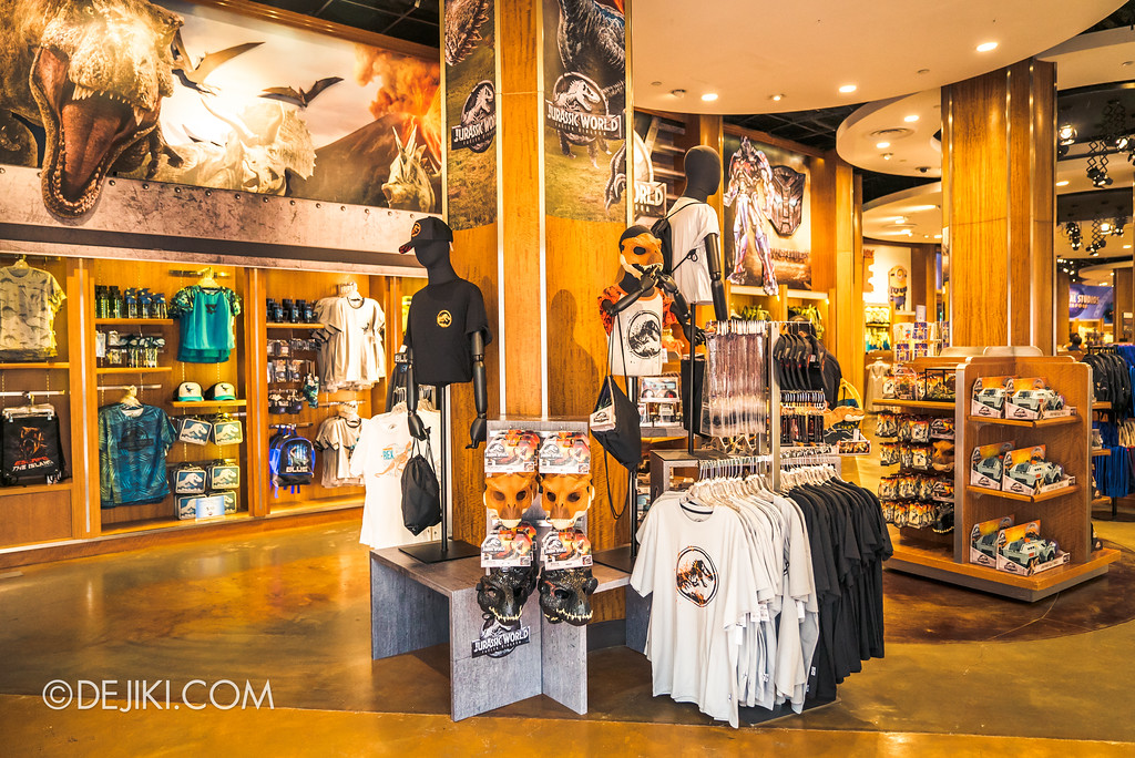 Universal Studios Singapore Park Update - Jurassic World Explore and Roar - retail display at Universal Studios Store