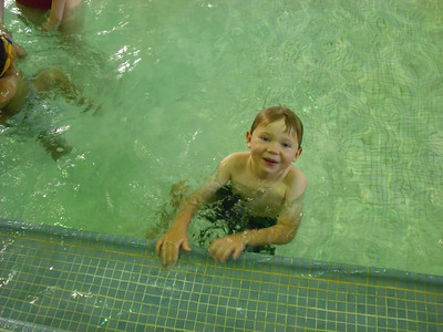 <b>July '09: Nephews' Swimming Lessons</b>