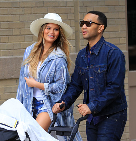 2016-05-14 - Chrissy Teigen, John Legend