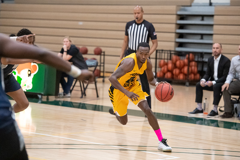 Basketball-M-2020-01-31-7998.jpg