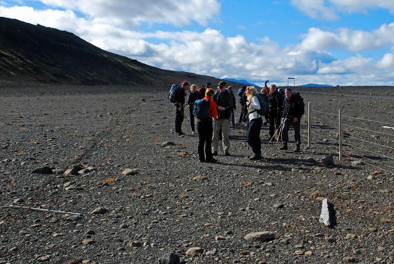 Hópurinn við upphaf göngu