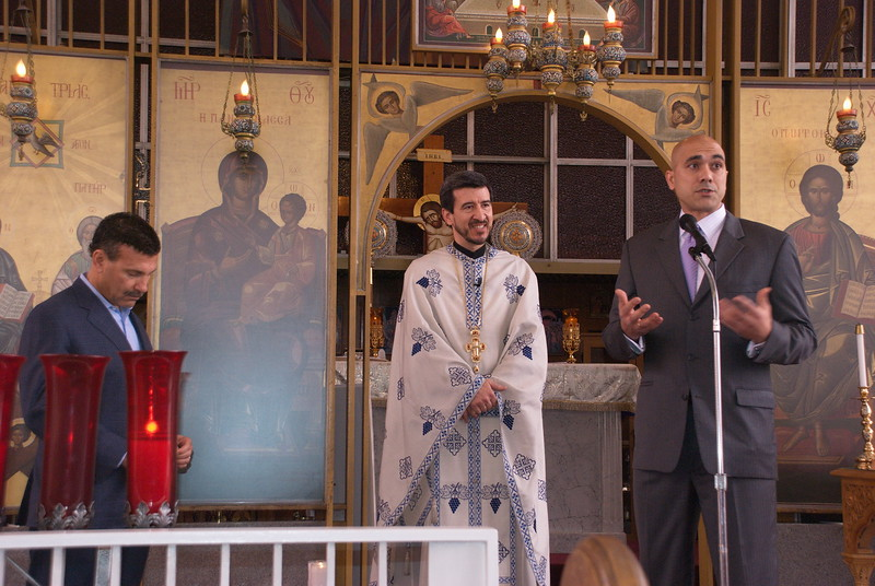2011-04-10-Check-Presentation-in-Church_003.jpg