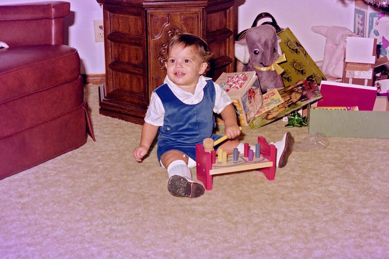 1975-12-25 #15 Anthony's 1st Christmas.jpg