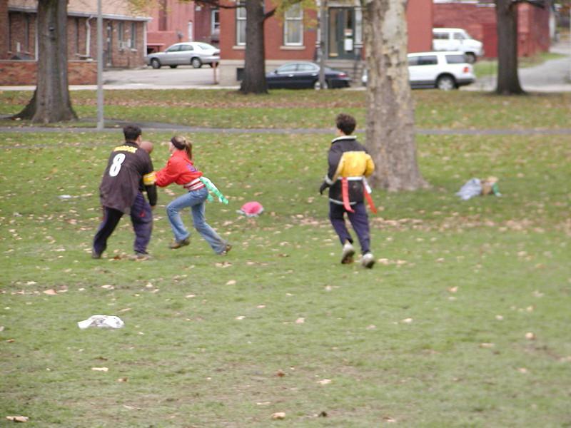 2004-11-28-GOYA-Turkey-Bowl_078.jpg