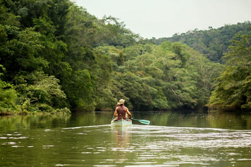 Pratt_Belize Canoe_04.jpg
