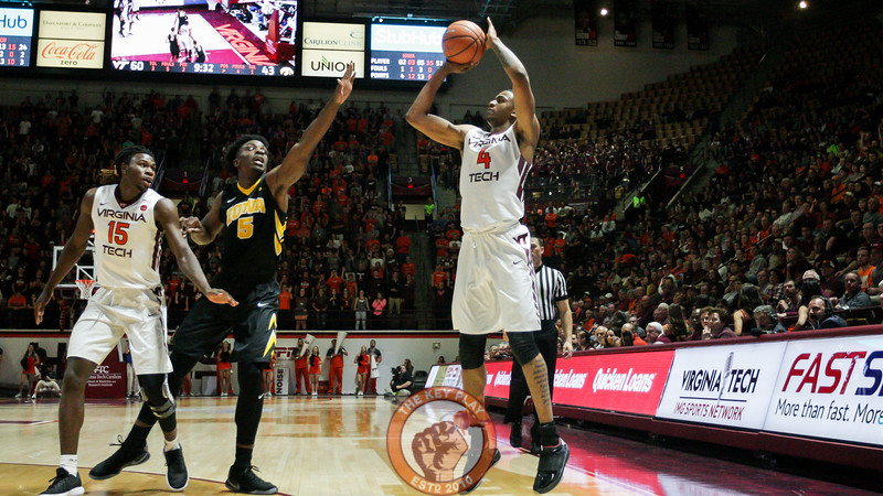 Nickeil Alexander-Walker gets ready to attempt a three point shot as the second half starts to come to a close. (Mark Umansky/TheKeyPlay.com)