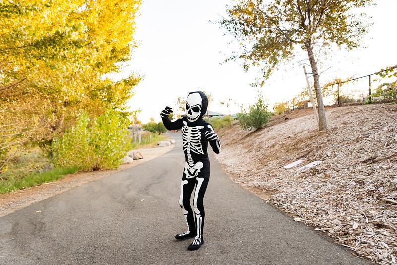 Colton and Paisley Halloween 2019-9078.jpg