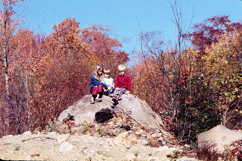 1975 10 Owen Heather and Scott 2.jpg