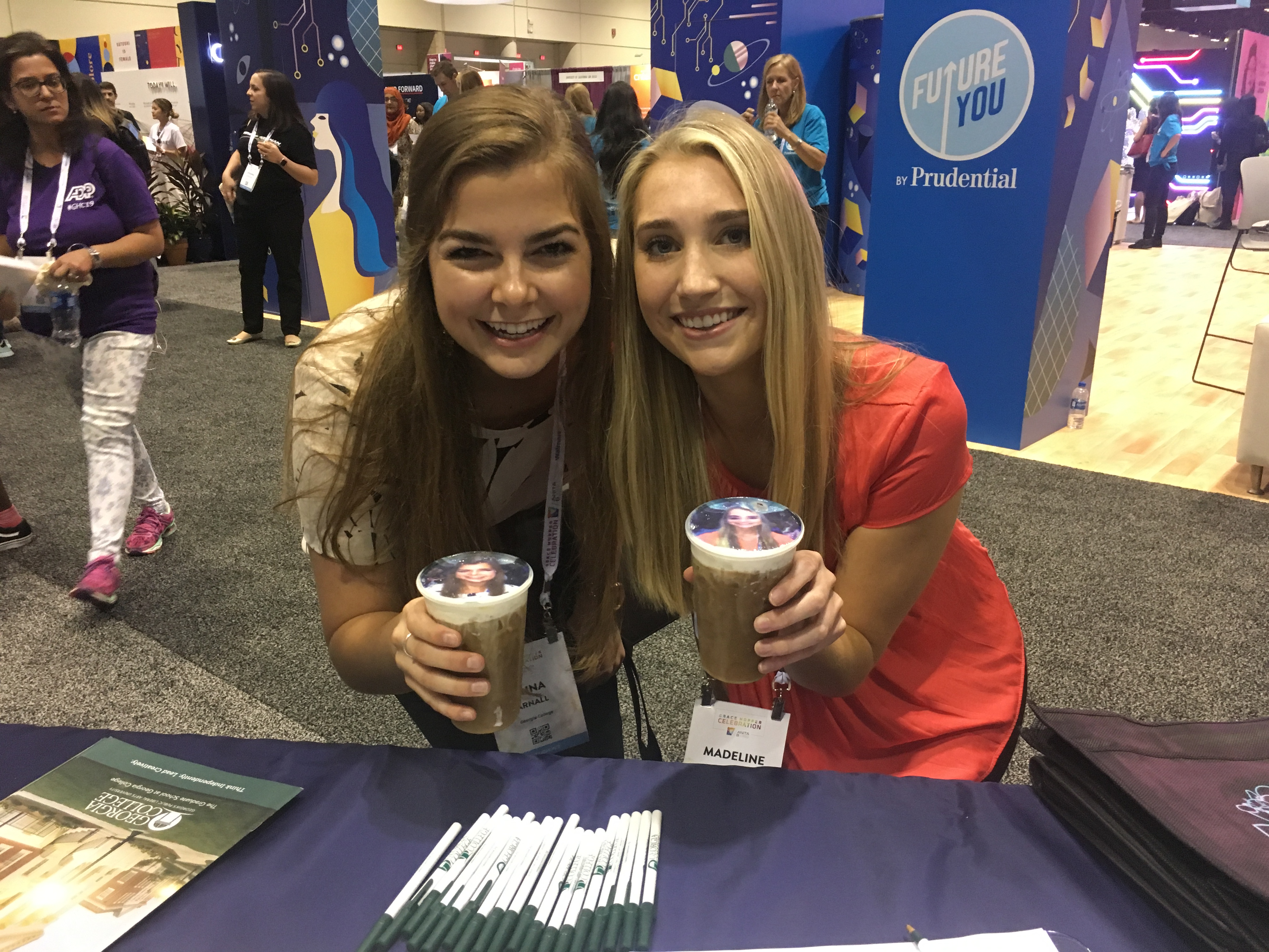 Anna Arnall (left) and Madeline Niersbach at the 2018 Grace Hopper Celebration.