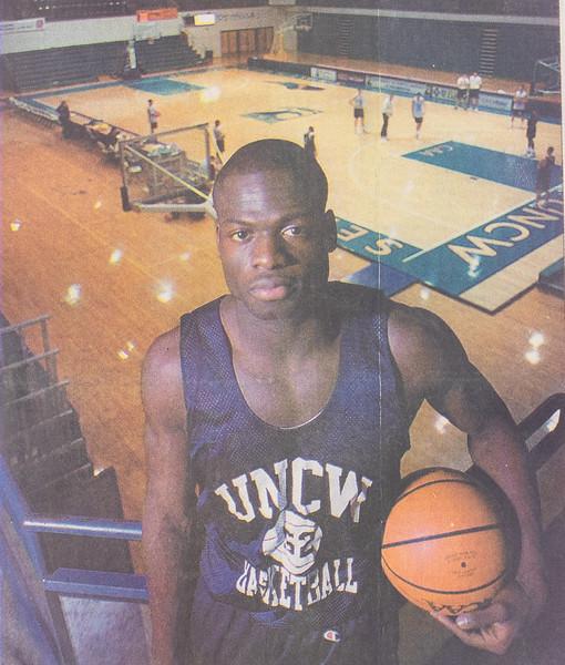 UNCW Basketball 99-00-8.jpg