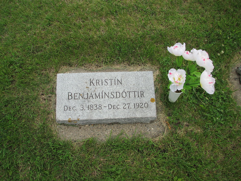 Great-Grandmother-Kristin-Grave