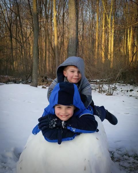20140201_boys_snow_00000030.jpg