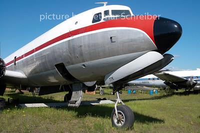 N1377K Douglas DC6