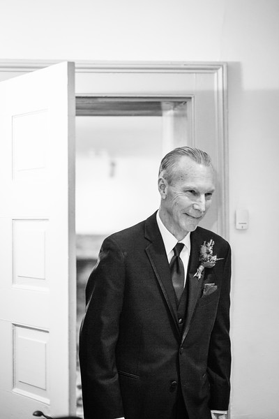 katelyn_and_ethan_peoples_light_wedding_image-155.jpg