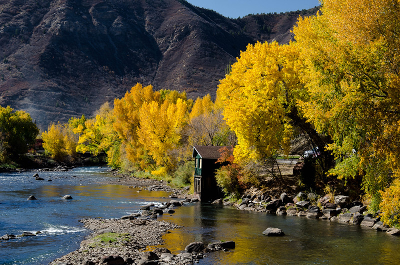 Fall on the Animas River.jpg